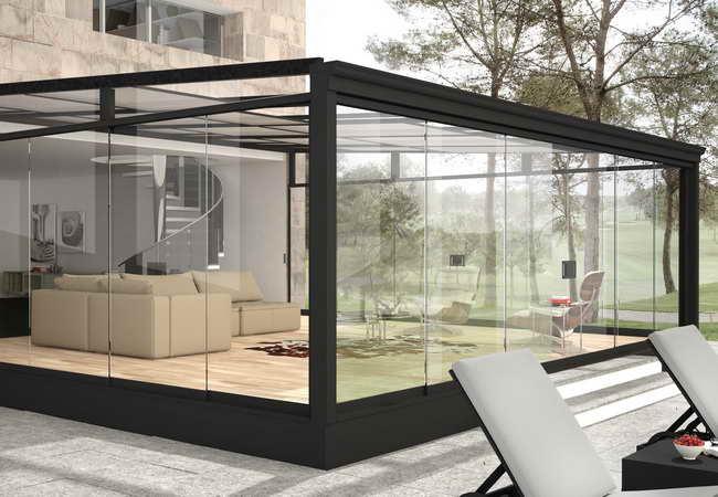 Pergolas de madera y tejados tropicales for Cortina cristal terraza