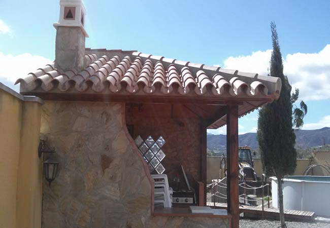 Pergolas and roofs wooden pergolas and glass malaga marbella - Cenadores de obra ...